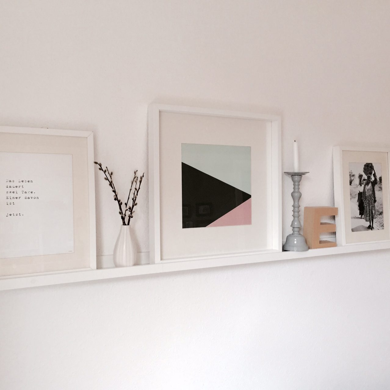 ein hauch von fr hling leichte deko f r die bude sarahplusdrei. Black Bedroom Furniture Sets. Home Design Ideas
