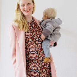 Mom Outfit – endlich Frühling, im Norden heißt das Mantel