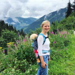 Wandern mit Baby – in den Bergen mit Kraxe oder Trage?