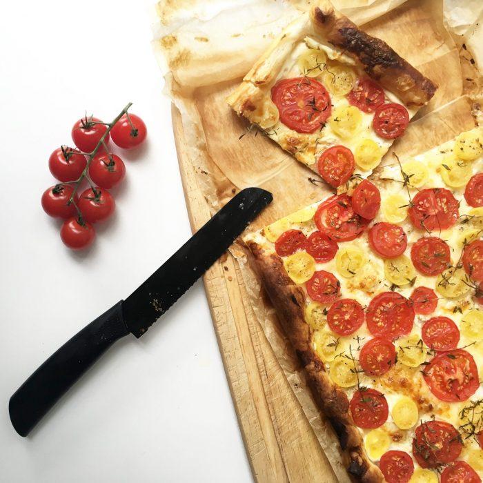 superschnelle-tomaten-blaetterteig-quiche