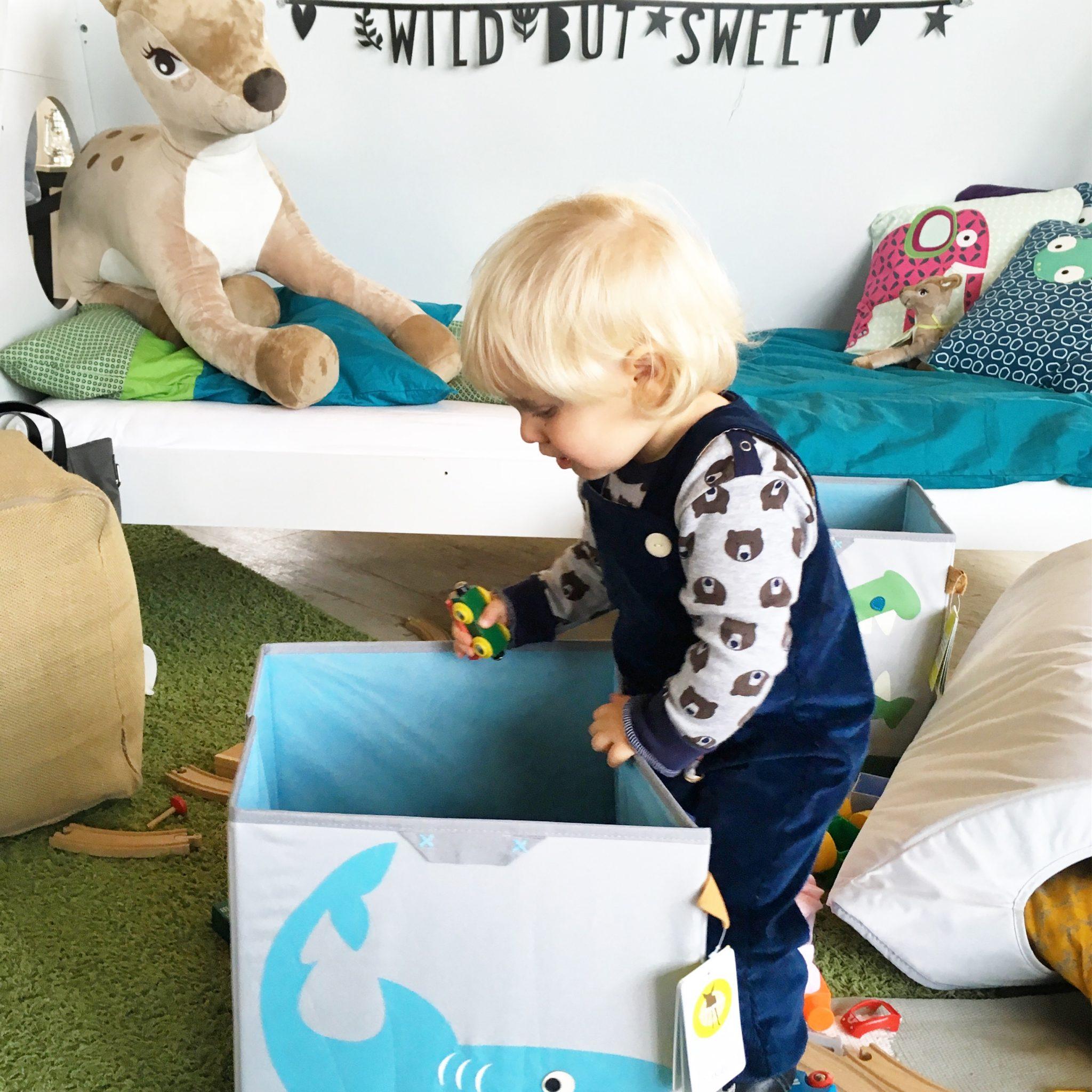 aufraeumen mit kindern laessig system3 sarahplusdrei. Black Bedroom Furniture Sets. Home Design Ideas
