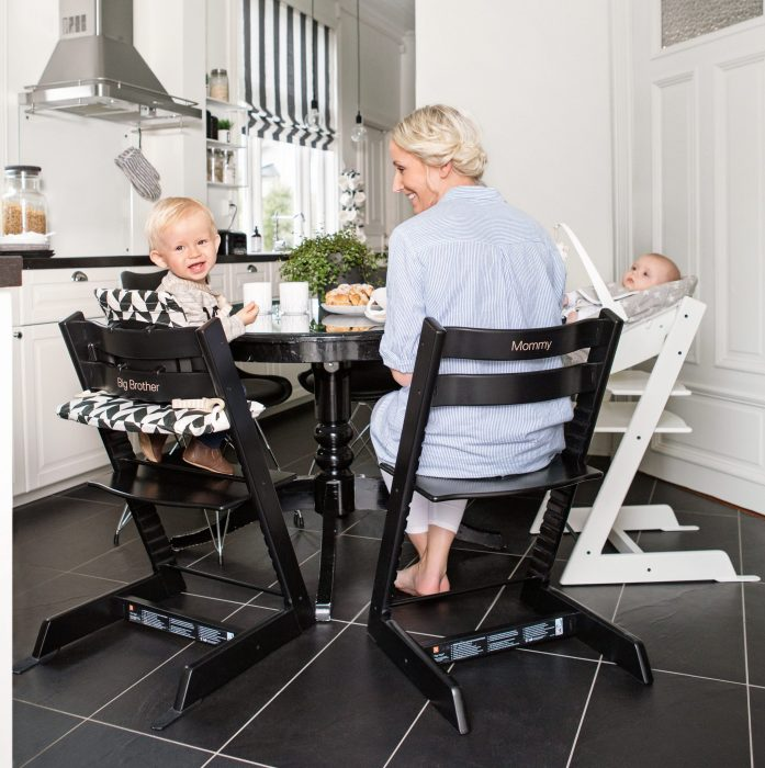 tripp trap schwarz sarahplusdrei. Black Bedroom Furniture Sets. Home Design Ideas