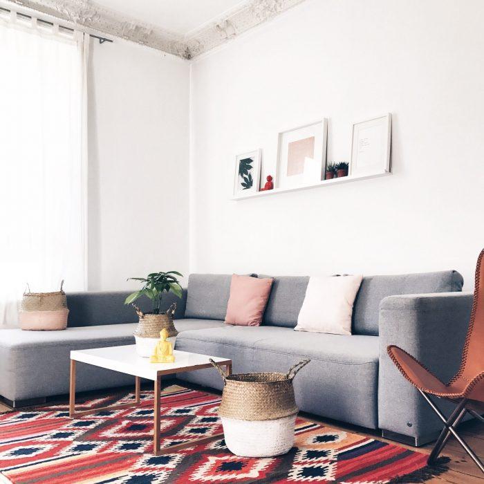 bei uns zieht farbenfroher boho chic ein und sogar pflanzen sarahplusdrei. Black Bedroom Furniture Sets. Home Design Ideas