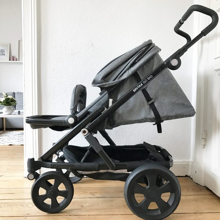 unterwegs mit dem kinderwagen britax go big verlosung sarahplusdrei. Black Bedroom Furniture Sets. Home Design Ideas