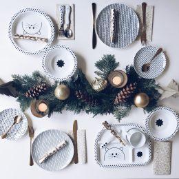 1. Adventsverlosung: Weihnachtstisch mit Kindern – Geschirr von Lässig für euch