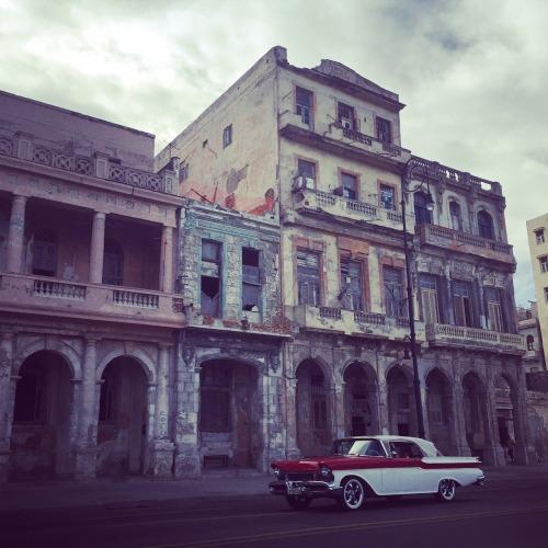 cuba_havanna_old_building