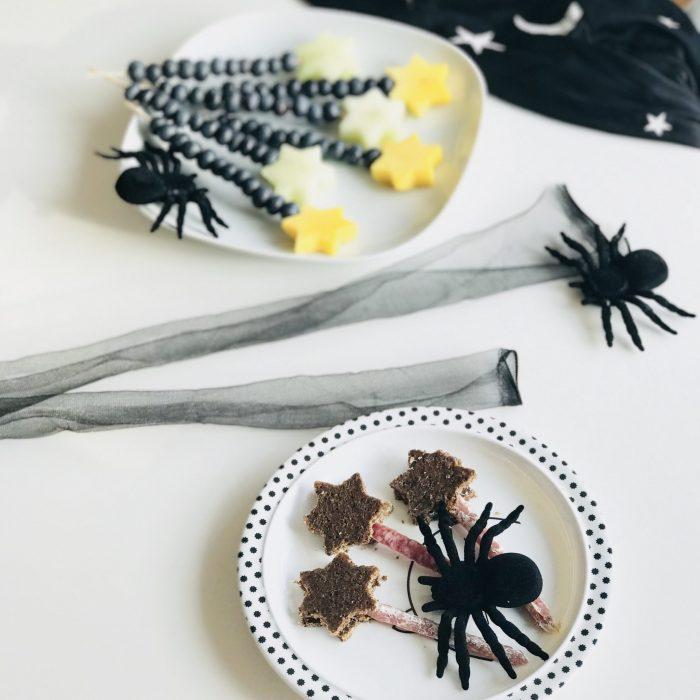 Hexe Zauberstab Wurst Brot Spinnen