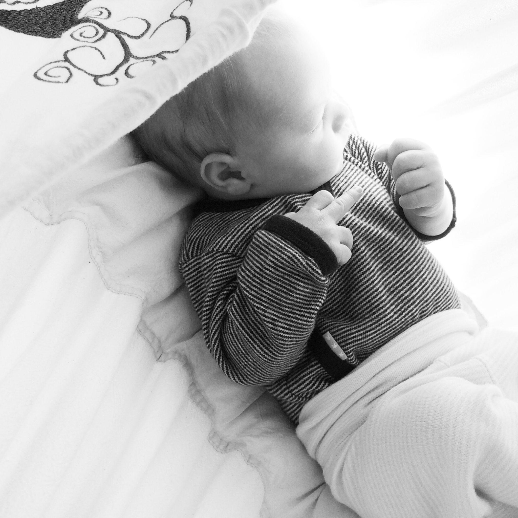 Schlaf Kindlein, schlaf ENDLICH EIN!!! Tipps und Tricks - SarahPlusDrei