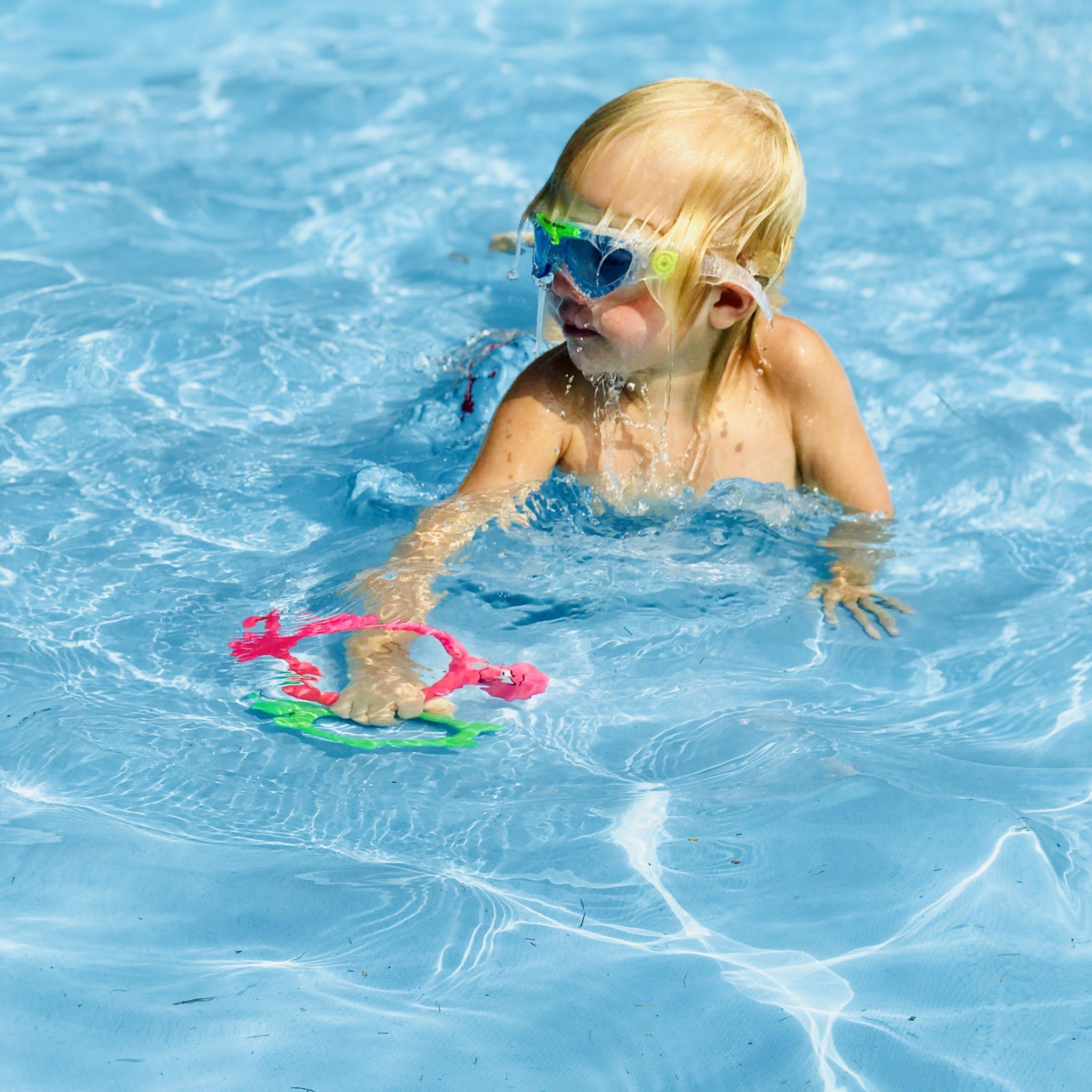 auf Lager das Neueste Entdecken Sie die neuesten Trends Schwimmenlernen ist so wichtig für Kinder - aber wie klappt ...