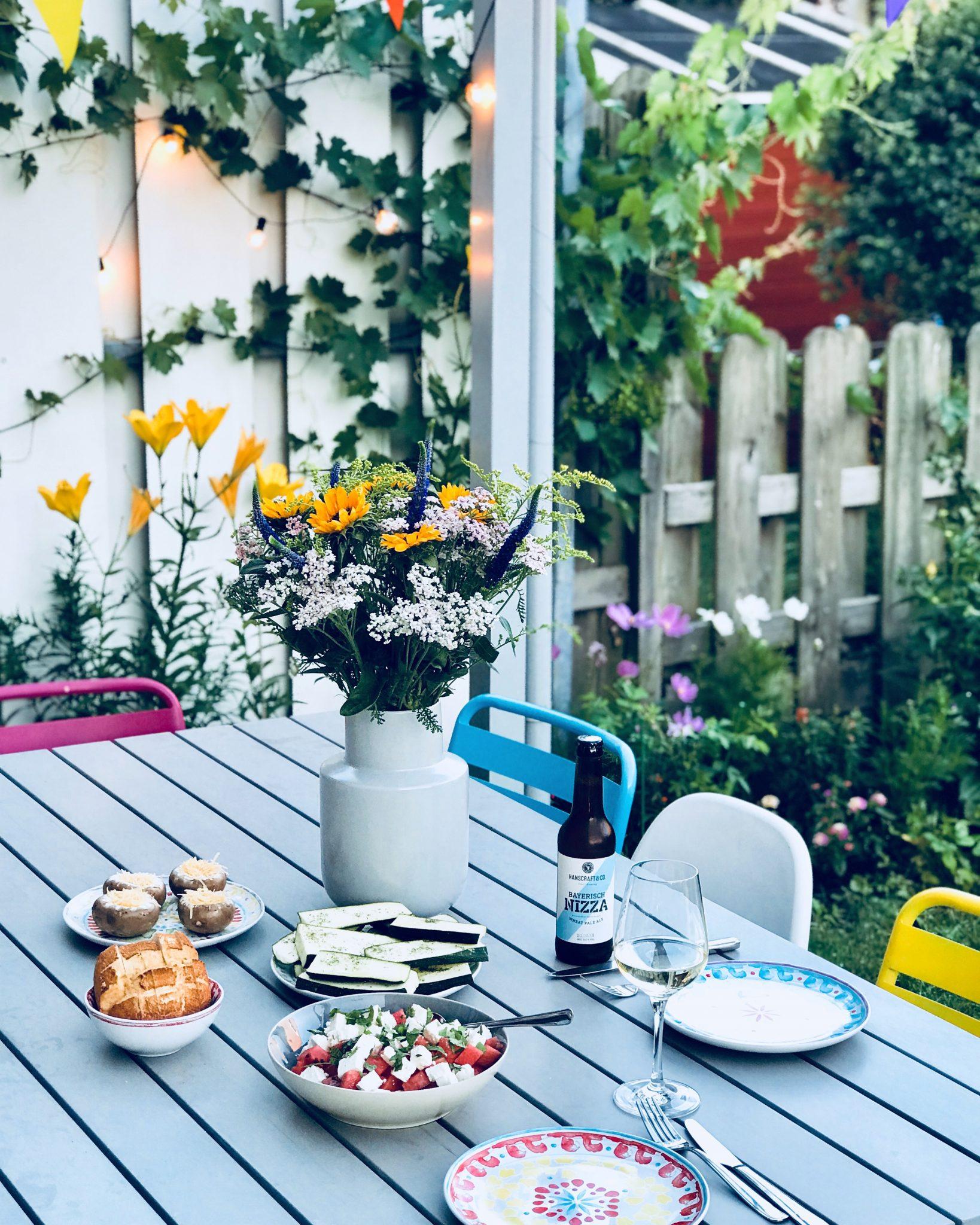 Unser Garten, happy place für die ganze Familie & ein bisschen ...